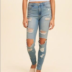 d65db98496 Hollister Jeans - hollister ripped jeans